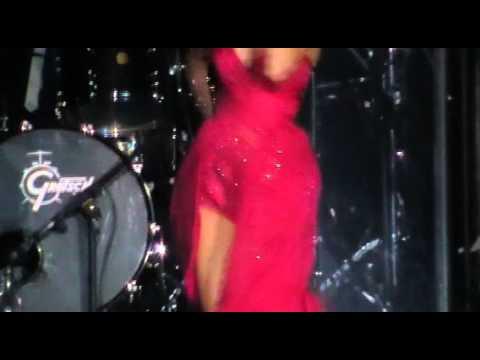 Naturally ~ Selena Gomez live in Chile 30/01/12