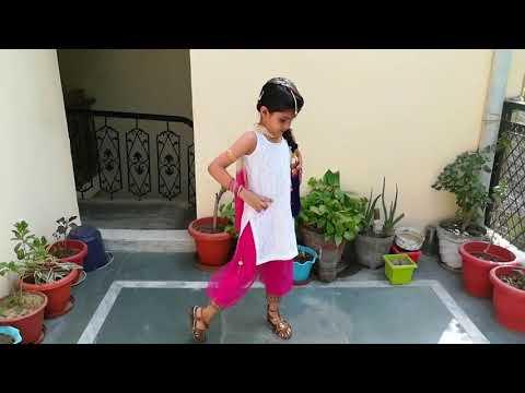 लॉन्ग लाची Sandli Sandli Naina Vich Tera Naam Ve Mundeya