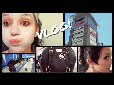VLOG: Pamper Night, Tanger Oulet Mall, & Drunk Bowling!