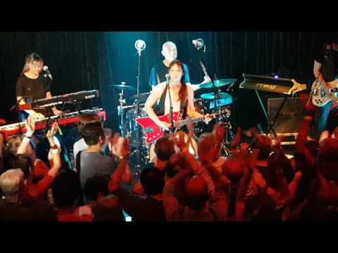 KT Tunstall - Suddenly I See - Live at the Hebden Bridge Trades Club