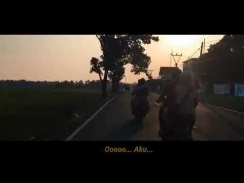 yovie-tulus-glenn---adu-rayu-(-video-lirik-)