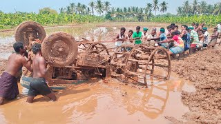 Tractor accident and Tractor stuck in deep mud | Unity is strength tractor video