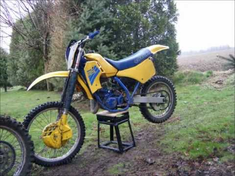 restoring and riding a 1986 suzuki rm 125 youtube. Black Bedroom Furniture Sets. Home Design Ideas