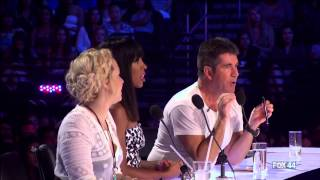 Repeat youtube video Filipino 16 Year Old Ellona Santigao  @ The X Factor USA 2013 Auditions