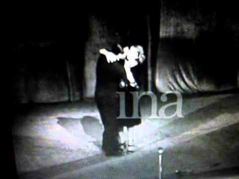 Mistinguett au gala du Moulin Rouge en 1944