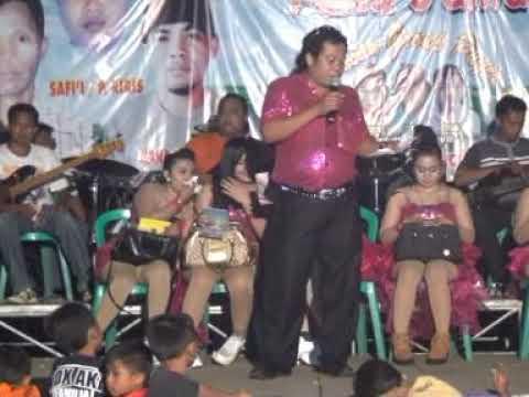 Riena Safira Bokong Semok Live OM AMANDA MUSIC Di Kediaman Bpk Sanali Balonganyar Pasuruan