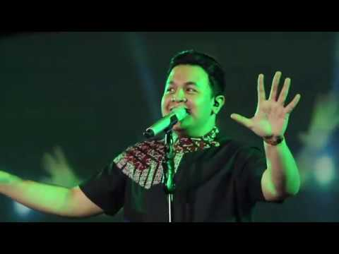 Special Performance Tulus Bali 2017