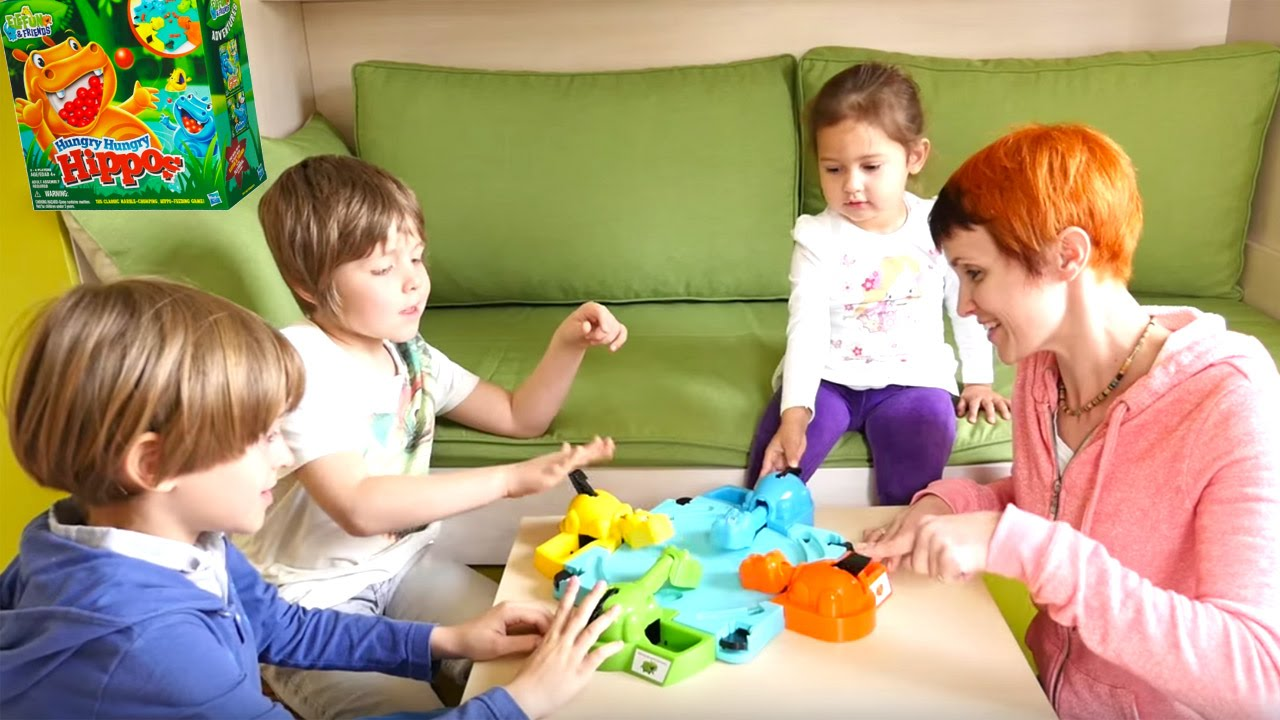 Веселая Школа - Маша и дети - игра Голодные Бегемотики ...
