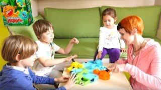 Веселая Школа - Маша и дети - игра Голодные Бегемотики