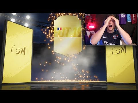 Opening My FIRST FUT CHAMPIONS Weekend League Rewards...