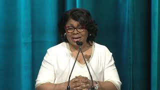 April Ryan accepts 2019 Freedom of the Press Award