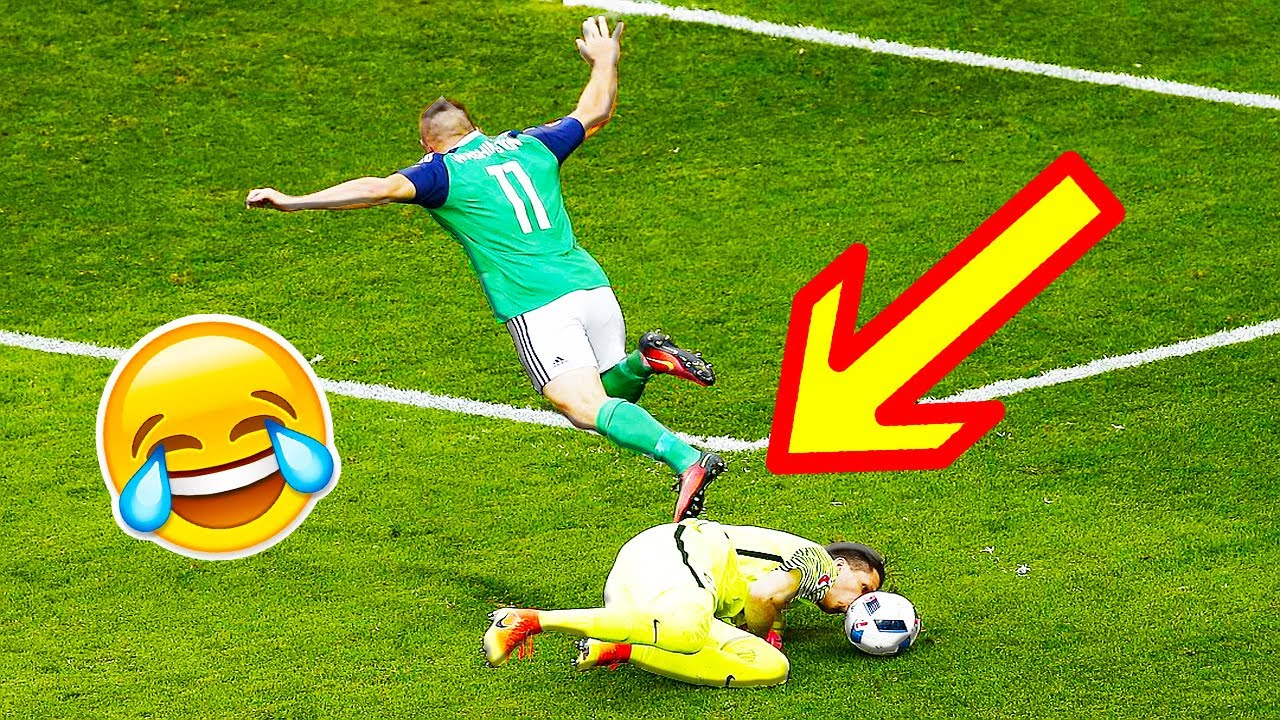 Humorous Soccer Soccer Vines 2017 ● Objectives l Expertise l Fails