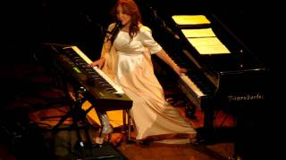 Tori Amos - Apollos Frock - Live @ the Orpheum 12-18-11 in HD