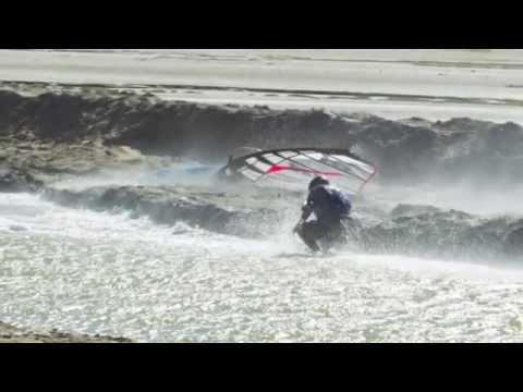 Luderitz Speed Challenge 2014:Principe Andrea Baldini. Speed, crash and dreams!