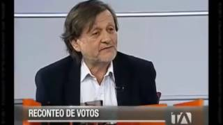 ¡¡Álvaro Sáenz (AP) Deja En Ridículo A Janet Hinostroza!!