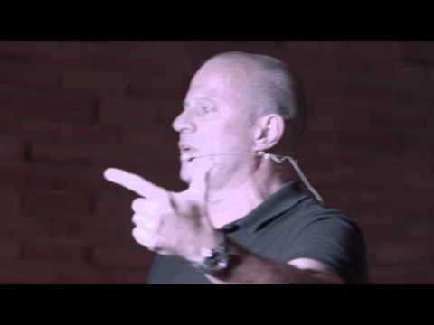 Construindo uma Tropa de Elite | Paulo Storani | TEDxMorrodoImperador