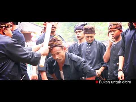 Kisah Jawara Banten Kebal Golok