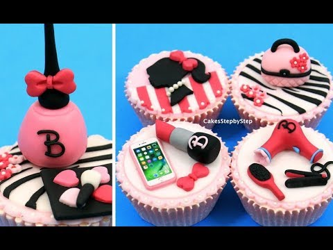 MAKEUP Barbie Cupcakes