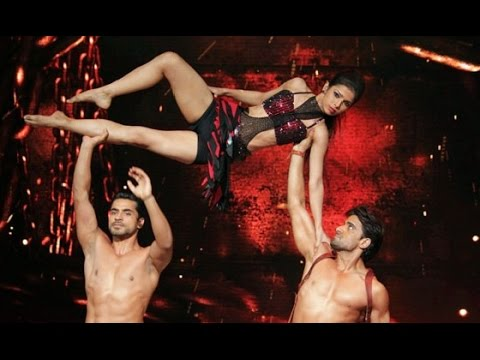 Jhalak Dikhhla Jaa Reloaded Gautam Gulati & Mohit Malik Perform SHIRTLESS