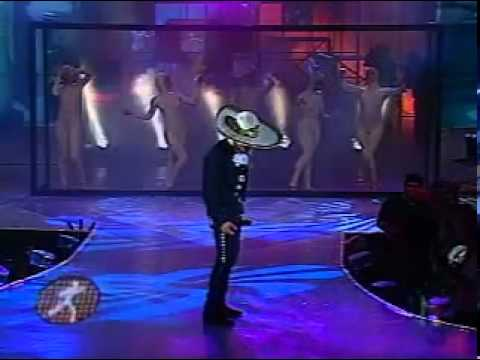 "Raúl  Sandoval ""Por Mujeres como tu"""