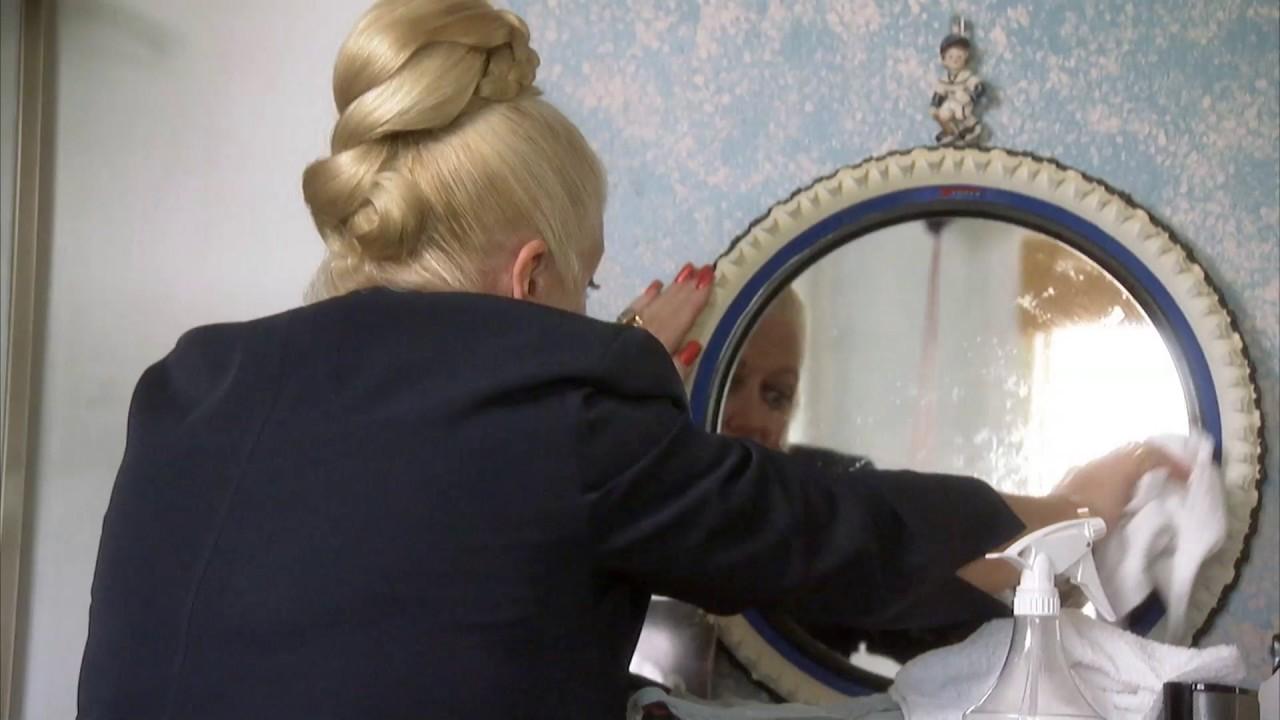 The Best Way To Clean Mirrors Kim S Rude Awakenings
