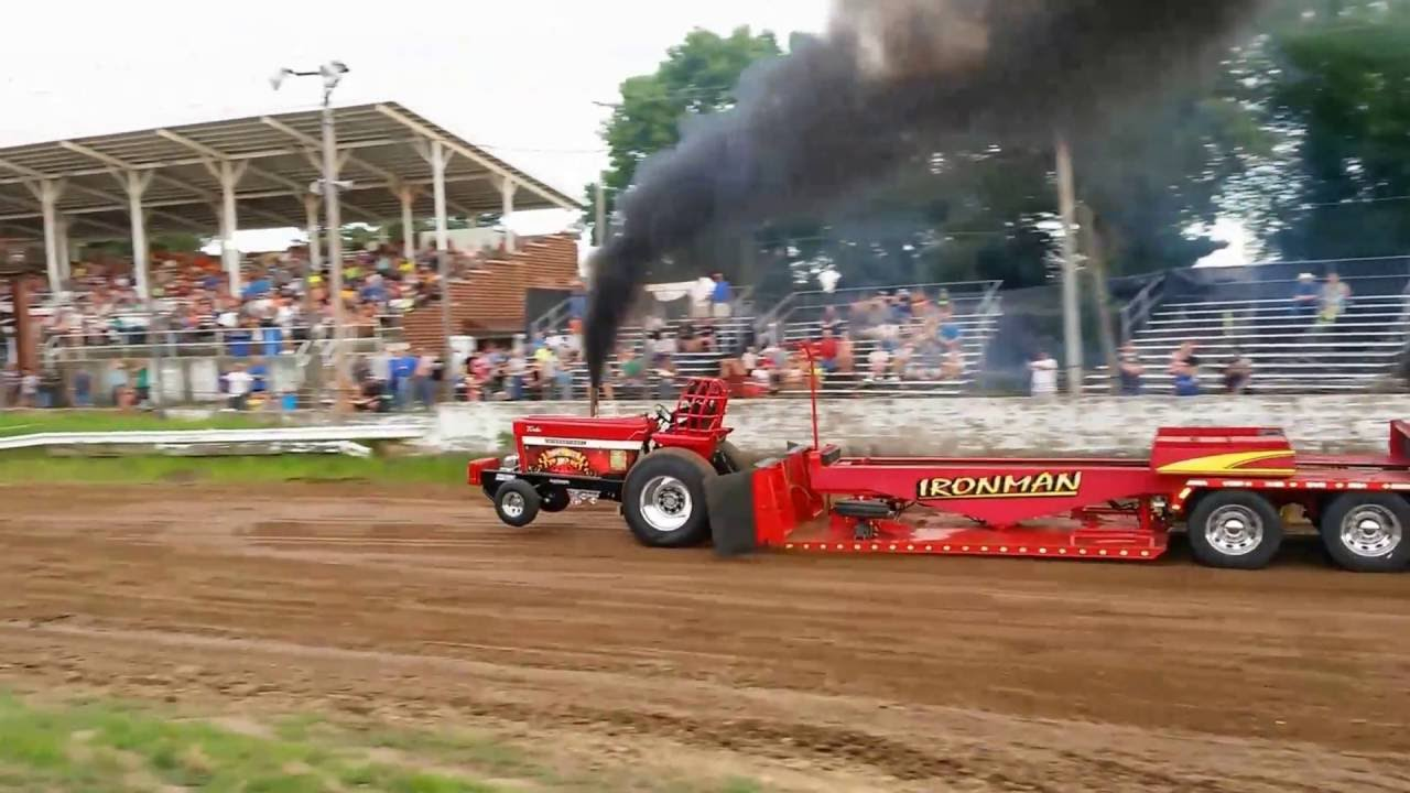 outlaw truck tractor pull at hardin county fair eldora iowa highlights youtube. Black Bedroom Furniture Sets. Home Design Ideas