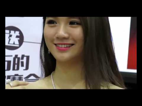 Hot Body Painting   Festival Asian Girl Show