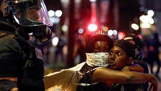 США: мэр города Шарлотт объявил чрезвычайное положение и мобилизовал нацгвардию