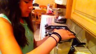 How To Make A Vanilla Ice Cream Milkshake