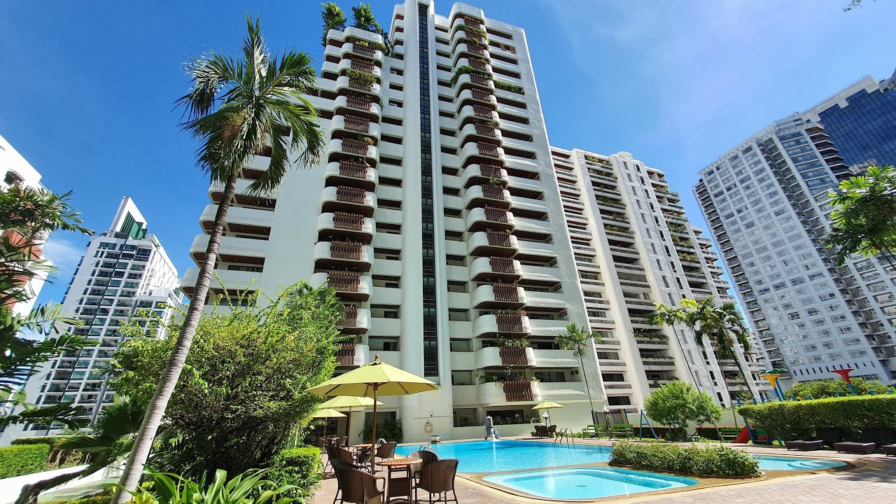 Spacious Family Apartment 3 Bedroom Bangkok For Rent Hawaii Tower 330 sqm 90,000 THB Asoke