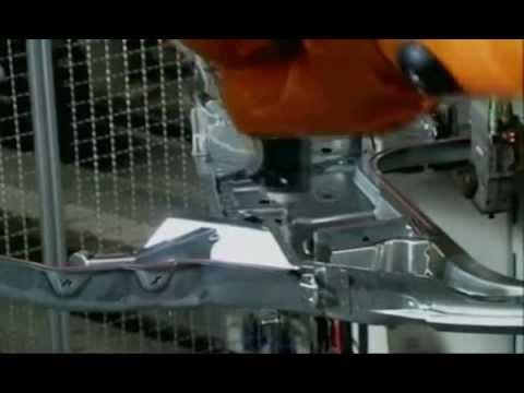 видео: Промышленные роботы. Как производятся роботы.