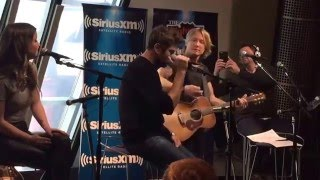 Keith Urban, Brett Eldridge and Maren Morris singing Adele
