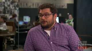 Bobby Moynihan Talks Challenges Of SNL Career | HPL