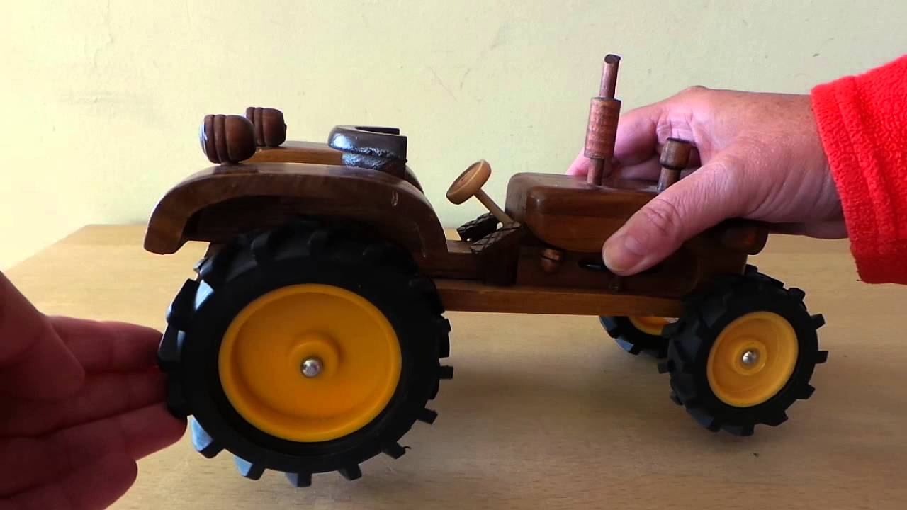 Wooden Tractor Plans : Amazing hand crafted wood model tractor toy youtube