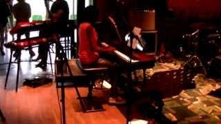 me playing Alicia Keys - Do Novo Adagio/Diary