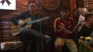 Quê nhà - cover Guitar Tiến Nguyễn & Quân Kòi - NGhe xúc động& thấm thía vô cùng!