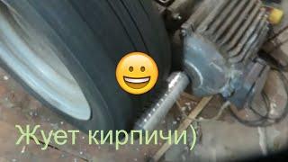 видео Щековая дробилка
