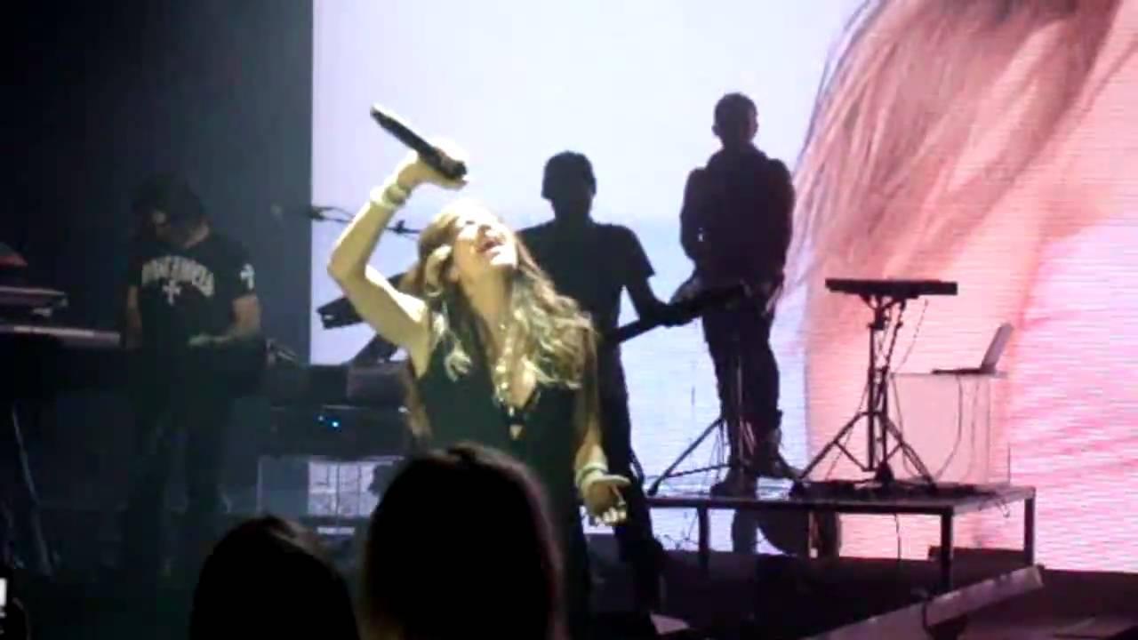 Άννα Βίσση - Πιο Κοντά, The Fabulous Show Grand Finale, Αθηνών Αρένα (20/03/2010)