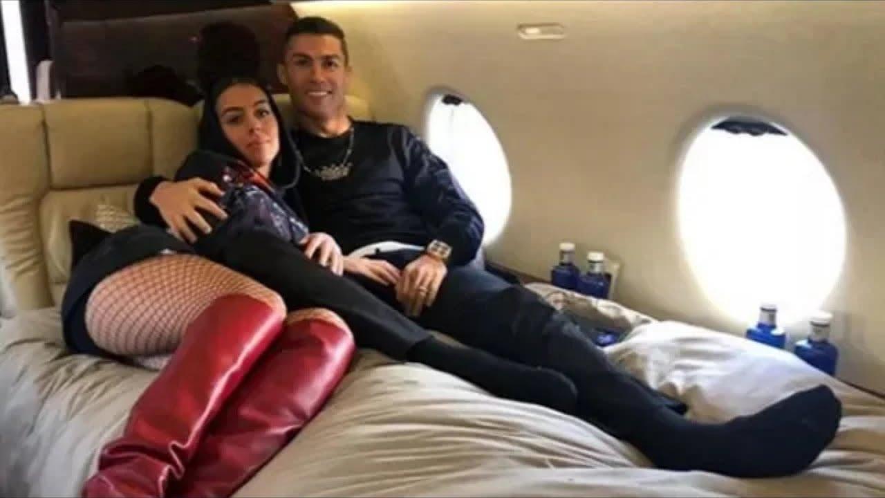 Christiano Ronaldo Paylaştığı Fotoğraf Olay Oldu Ünlü Yıldızın Özel Hayatı