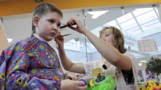 видео детская стрижка