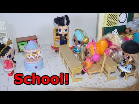 LOL SURPRISE DOLLS Show And Tell At School!