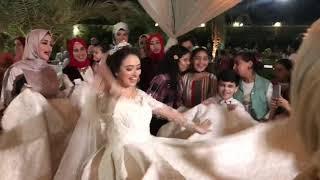 صحاب العروسه خربو الدنيا علي اغنيه اجدع صحاب شوفو للاخر 💃🏻💃🏻
