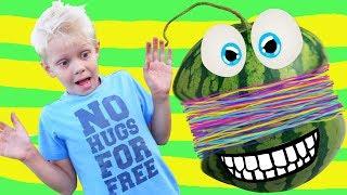 Арбуз Челлендж Как Взорвать Арбуз Замедленная Съемка Арбуз Против Резинки Видео для детей AOneCool