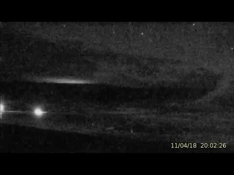 Flying Objects Nov.4/18 @Yellowstone Overnight