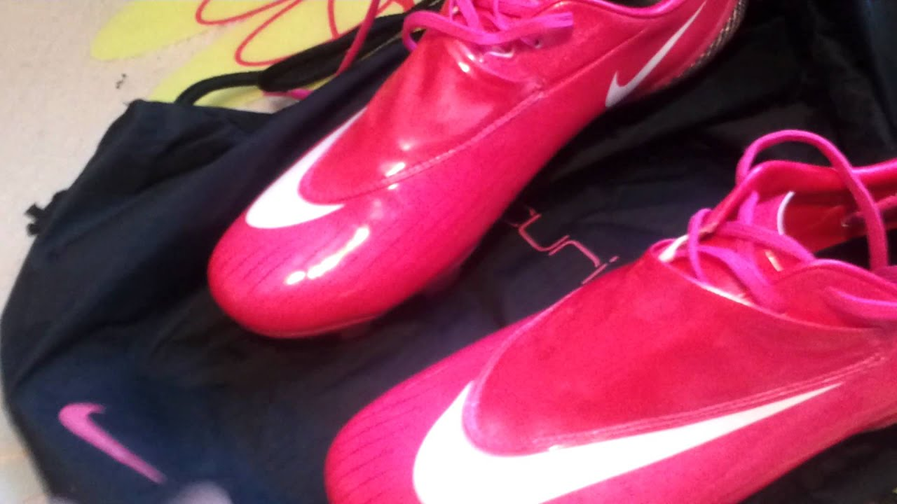 4c8793d25 Nike Mercurial Vapor IV Berry Pink Review - YouTube