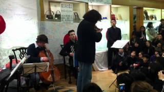 がんばれ、日本。 がんばれ、東北。 Performed at Mitsukoshi, London.