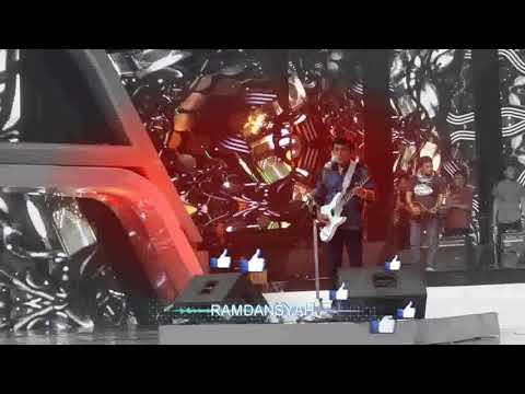 rhoma irama bawakan lagu  emansipasi wanita 7 mei 2018