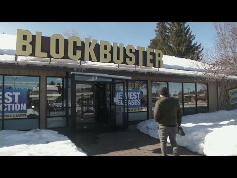 Tale of the tape: A lone Blockbuster hangs on in Oregon town