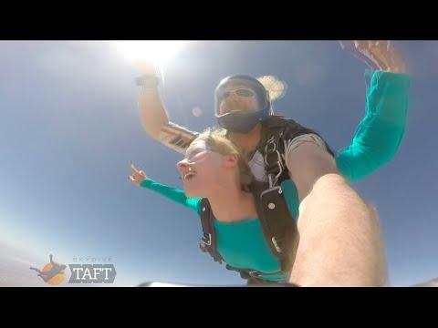 Alena Savostikova Tandem Skydiving