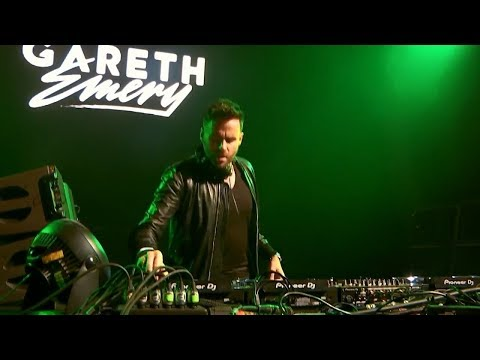 Barthezz  On The Move + Marco V  Simulated Radion6 Remix Gareth Emery
